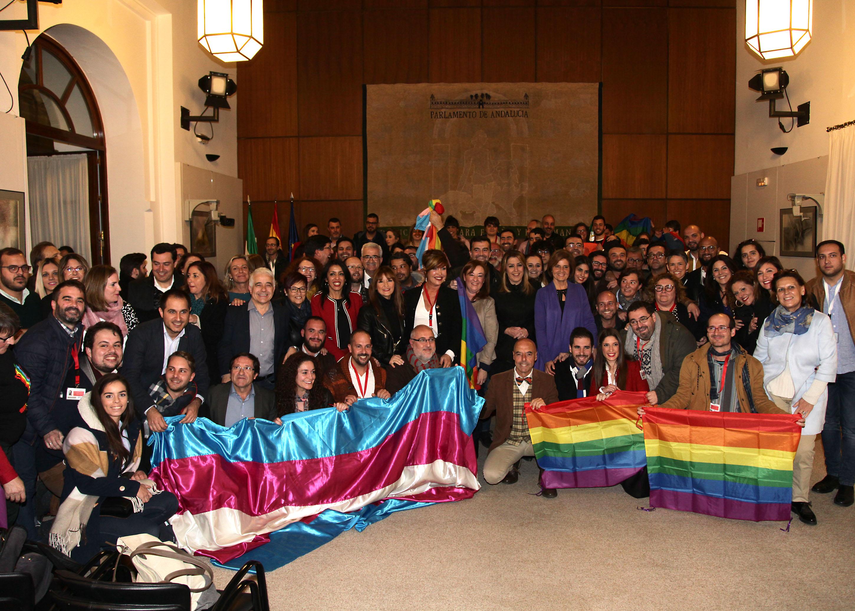 Aprobación unánime de la ley andaluza de igualdad LGTBI